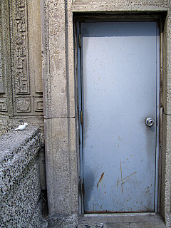 Chicago - Back Door