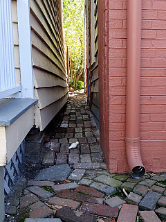 Savannah, Georgia - Building Passageway