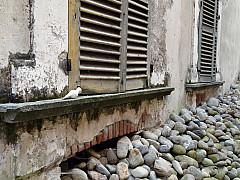 Italy, Miagliani - Shutter Stones