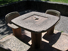Rochester - Table